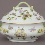 Soup tureen, branch knob - Royal Garden Green (4 QT)