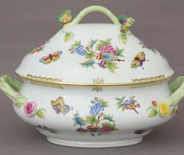 Soup tureen, butterfly knob - Queen Victoria (4 QT)