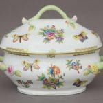 Soup tureen, branch knob - Queen Victoria