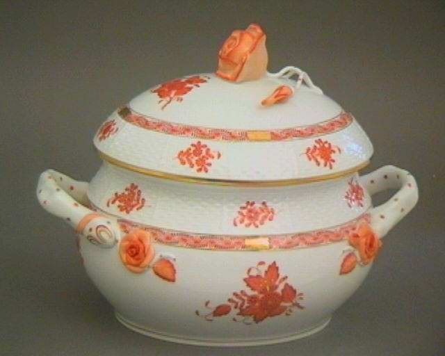 Soup tureen, rose knob - Chinese Bouquet Deep Rust