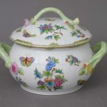 Soup tureen, branch knob - Queen Victoria (4QT)