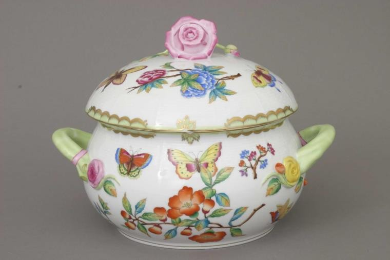 Soup tureen, rose knob - Museum Victoria