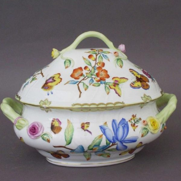 Soup tureen, branch knob - Museum Victoria