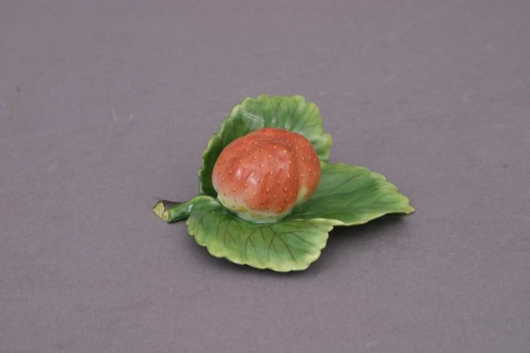 PlaceCard Holder - Strawberry-On-Leaf