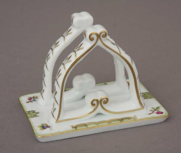 Napkin holder - Queen Victoria