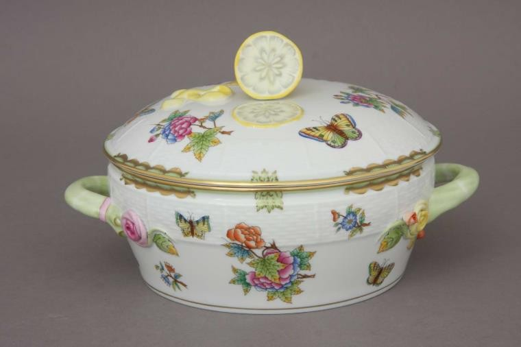 Vegetable dish, lemon knob- Queen Victoria