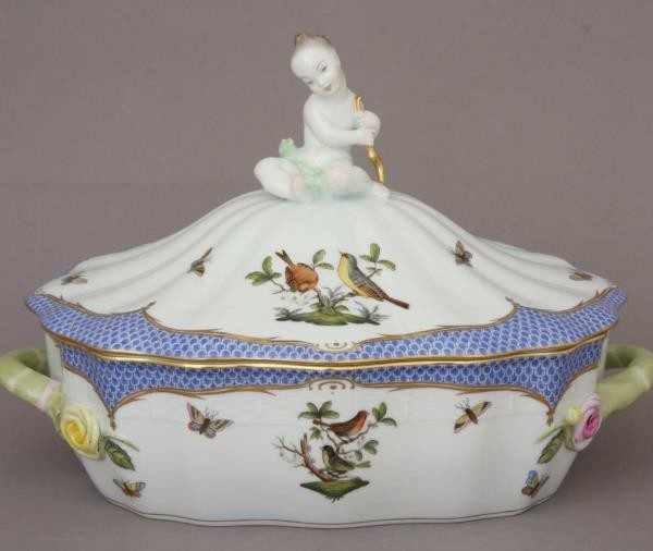 Vegetable dish, putto knob- Rotschild Bird Blue