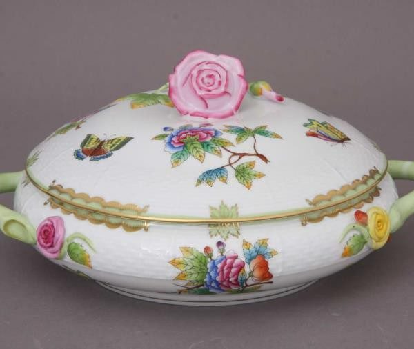 Vegetable dish, twisted knob - Queen Victoria