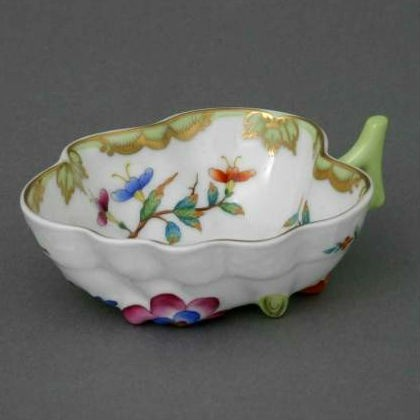Sugar Bowl (Leaf shaped) - Queen Victoria, Museum Edition