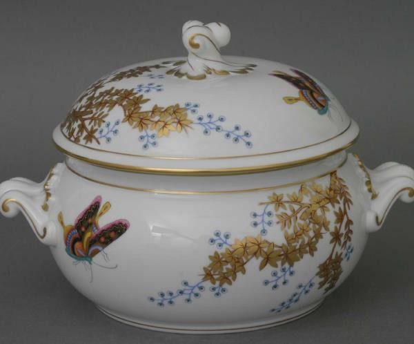 Soup tureen, twisted knob - Butterfly and Bamboo