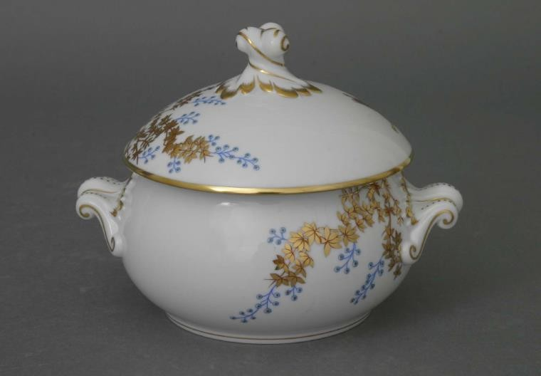 Soup tureen, twisted knob - Butterly and Bamboo