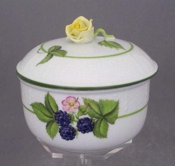 Sugar basin, rose knob - Fruits of Forest