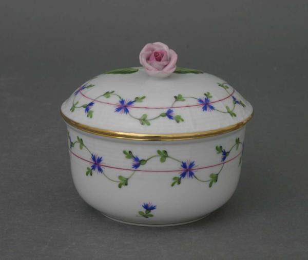 Sugar basin, rose knob - Petite Blue Garland