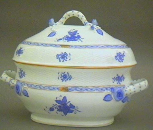 Soup tureen, branch knob - Chinese Bouquet