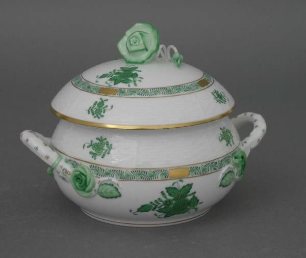 Soup tureen, rose knob - Chinese Bouquet Green