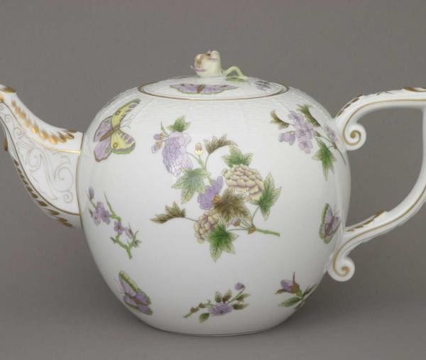 Teapot, rose knob - Royal Garden