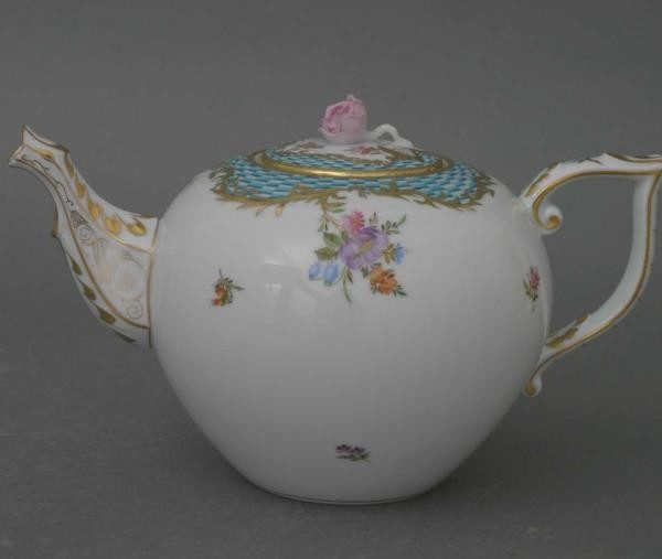 Teapot, rose knob - Turquoise Eclectic