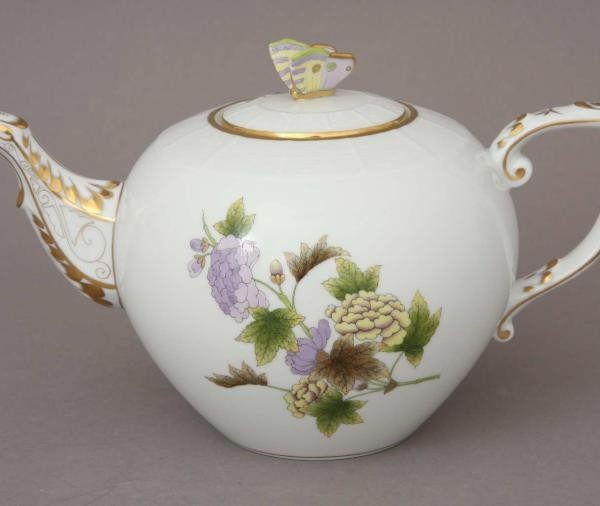 Teapot, butterfly knob - Royal Garden Flowers