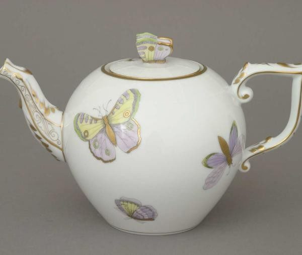 Teapot, rose knob - Royal Garden Butterfly