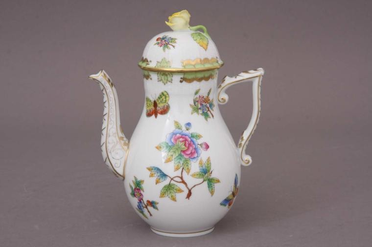 Coffee Pot, rose knob - Queen Victoria