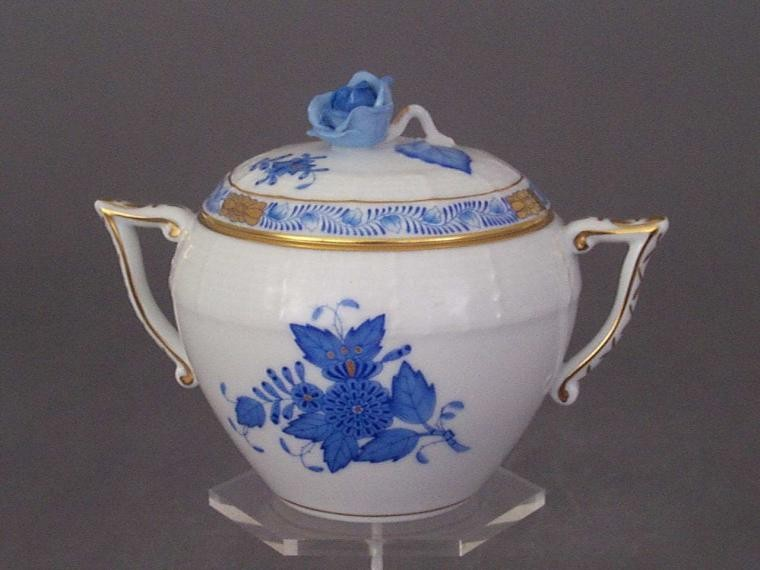 Sugar basin, rose knob - Chinese Bouquet Blue