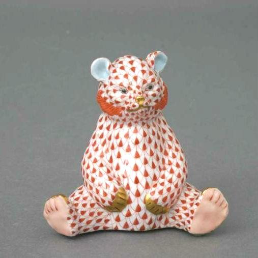 Bear cub, sitting