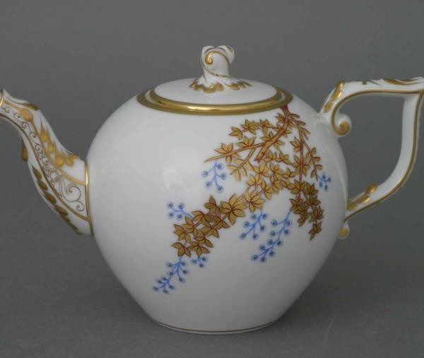 Teapot, twisted knob - Bamboo & Butterfly