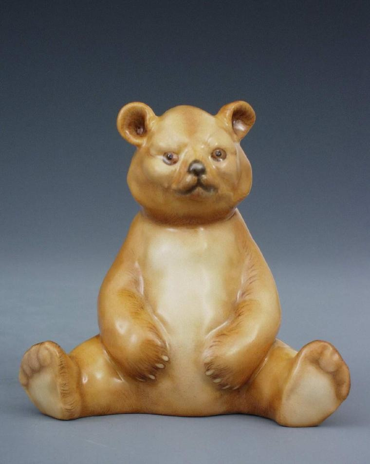 Bear cub, sitting - Assorted Decors