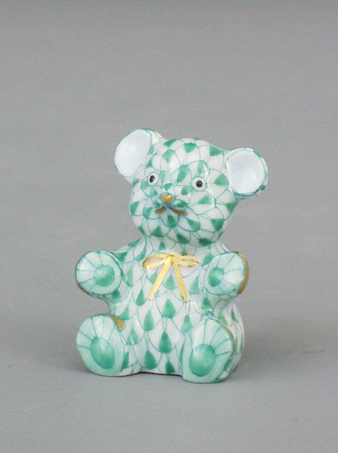 Teddy bear, small