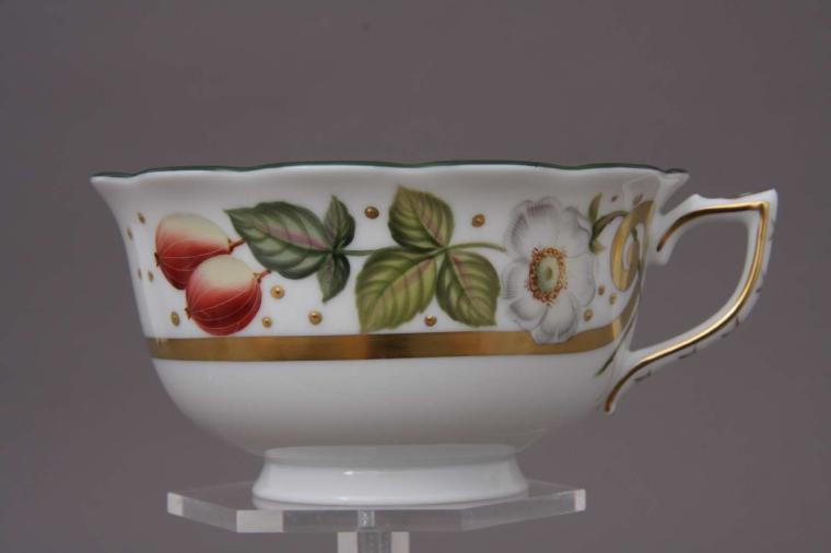 Teacup and Saucer - Berries Gold Edition