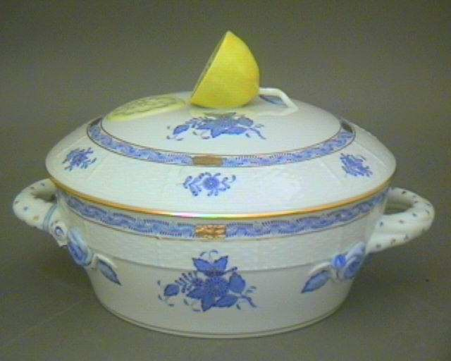 Vegetable dish, branch knob- Chinese Bouquet Blue