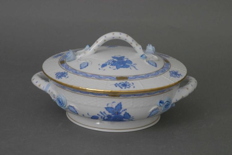 Vegetable dish, branch knob - Chinese Bouquet Blue