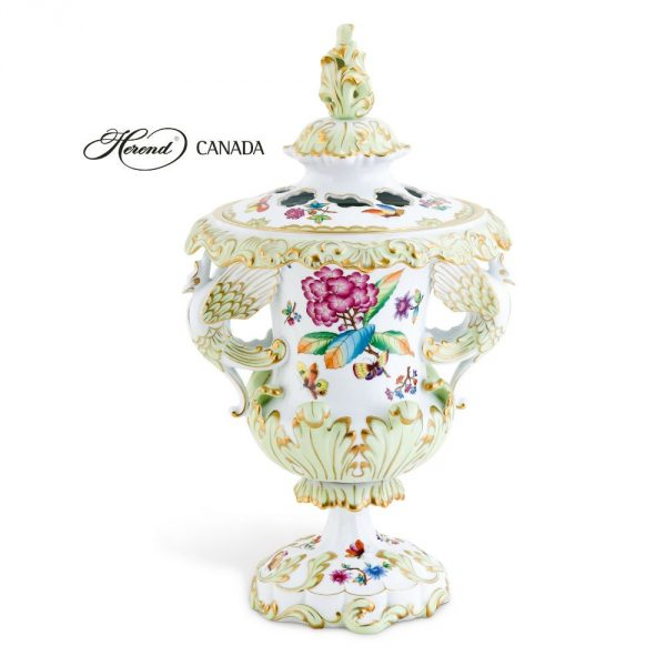 Fancy vase, with lid