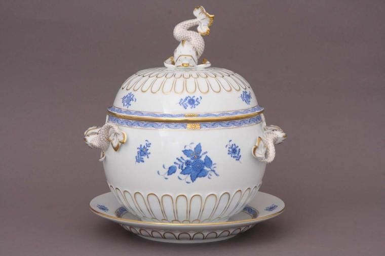 Punch bowl with saucer, dolphin knob