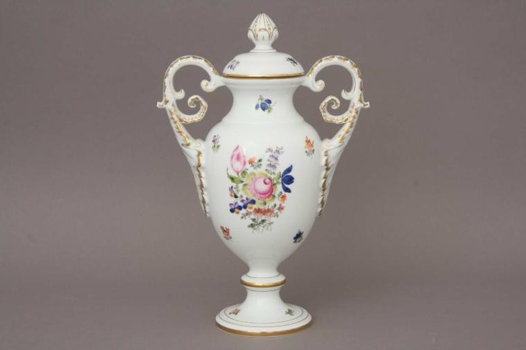 Fancy vase (Masterpieces)
