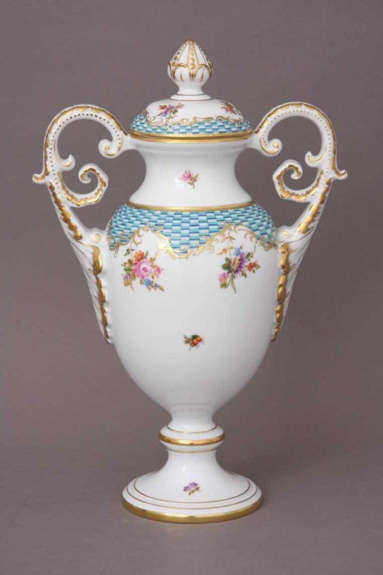 Fancy vase (Masterpieces)