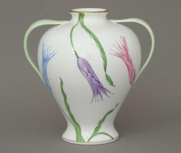 Vase, w. tulip leaf handle