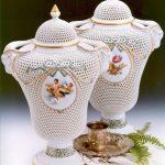 Open-Work Masterpiece Vase, button knob