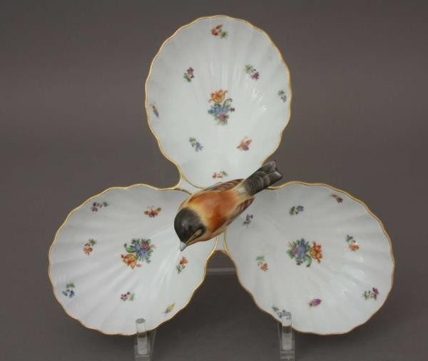 Triple fancy dish, with bird