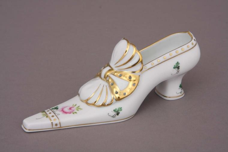 Shoe with Bow (Assorted Decors)