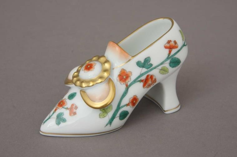 Shoe with Buckle (Assorted Decors)