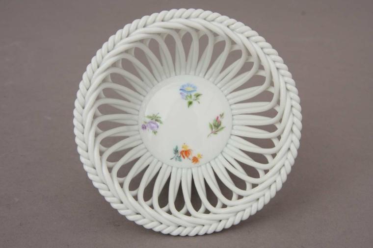Medium Basket (Assorted Decors)