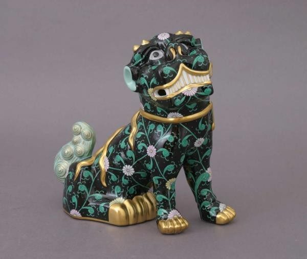 Foo Dog Right (Assorted Colors)