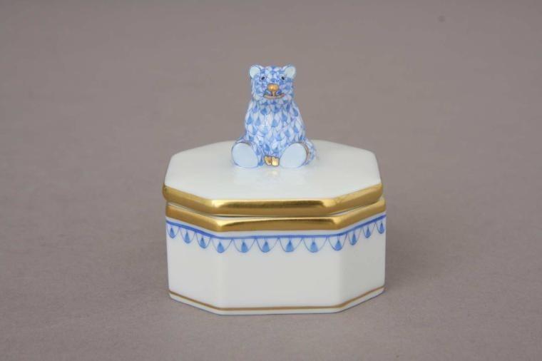Fancy Box, Bear Knob