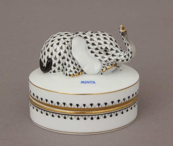 Fancy Box, Elephant Knob (Assorted Fishnet Colors)