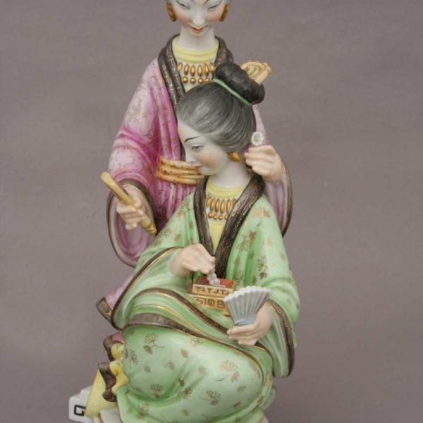Pair of Geishas Masterpiece Figurines