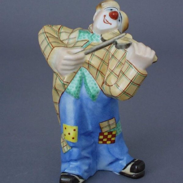 Clown with violin