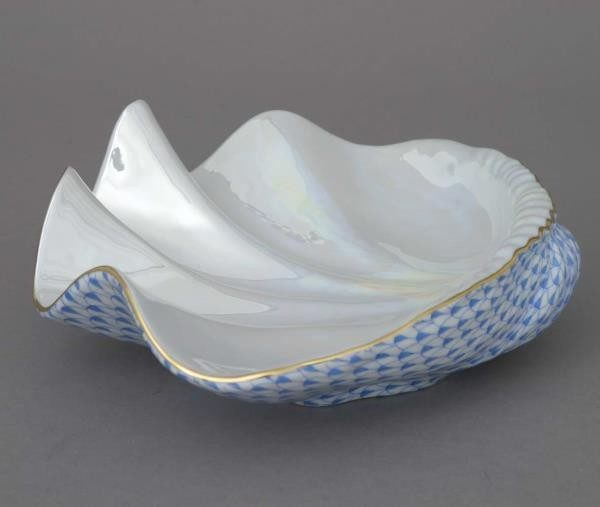 Giant clam shell - Fishnet Blue