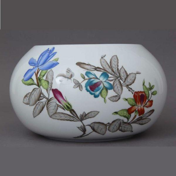 Vase - Queen Victoria Modern3