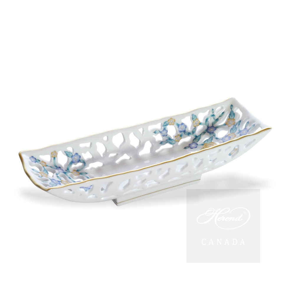 Fancy dish, oblong with partial piercing